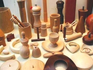 Soustružené výrobky ze dřeva